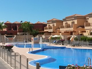Town house del duque is a holiday home 650 yards from plaza del duque shopping