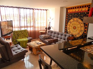 Luxury 2 Bedroom Lake View In-Town Apartment Downtown Guatape