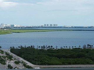 Malecón las Américas hermoso departamento con vista al mar