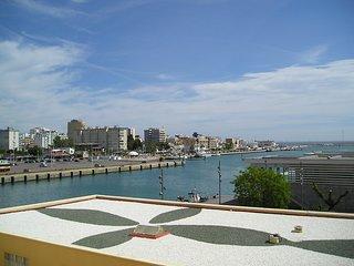 Apartamento con vistas al puerto de Gandia