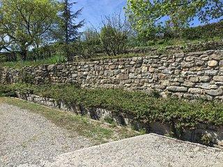 Une Terrasse en Ardèche, Les Assions