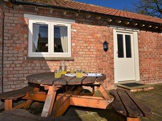 27113 Barn in Thornton le Dale