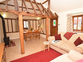 48129 Barn in Romsey, Wellow