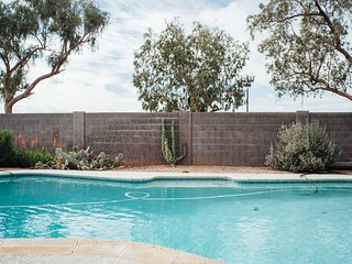 Breathtaking Elegant Home w/ Heated Pool and Great Location!, Mesa