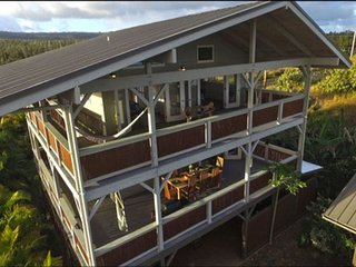Welcome to the Treehouse in Paradise - Main House - Ocean & Mountain Views