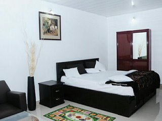 Home stay in 5 star Hotel price