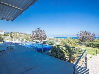 Chloe Villa with Panoramic Sea Views. Sleeps 10