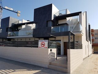 Luxury 3 bedroom 3 bathroom house, El Manatial, Playa Flamenca