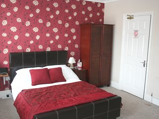 Superior Double Ensuite Room with Shared Guest Kitchen/Diner/Utility