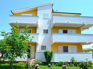 3BR Apt with Pool and 3 terraces in Kastela - II