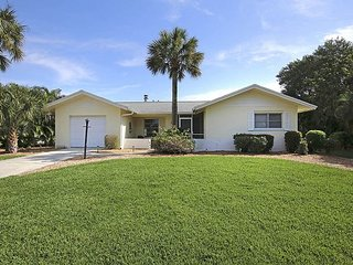 Ground level home with pool and dock, Sanibel