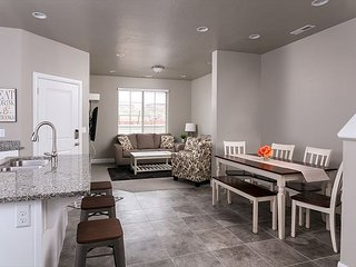 3 bdr, 2.5 baths sleeps 10.  Tons of living space and fun bunk room for kids