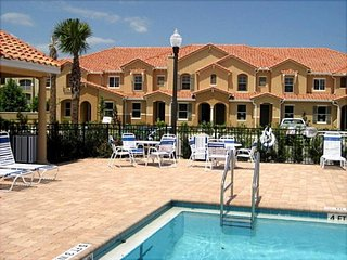 CW4- Just 1 mile to Disney, Nice Townhouse in a Gated Community