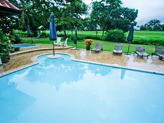 Wonderful villa  in golf course
