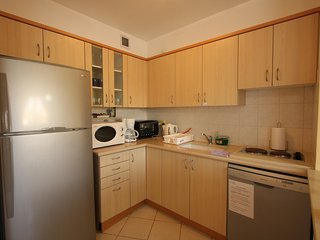 Beautiful Vacation Apartment - Hertzlia Pituach!, Herzliya