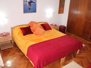Apartment - 2 rooms up to 6+2 people, Herceg-Novi