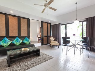 Luxurious waterfront 1-BR apartment, Allamanda Laguna Phuket