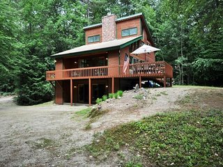 3BR White Mountains Lodge near Skiing w/Fireplace,Wifi,Game Room-Dogs Welcome, Madison
