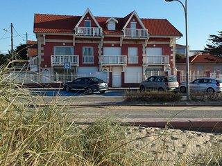 Soulac, face a l'ocean, appartement*** avec jardin pour 4 personnes