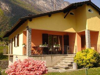 Bignasco, Vallemaggia Casa di vacanza con ampio giardino ****
