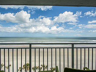 Oceanfront Condo Available July 22, 2017 - July 28, 2017, Daytona Beach Shores