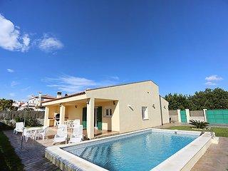 4 bedroom Villa in Mont-roig del Camp, Catalonia, Spain - 5698289