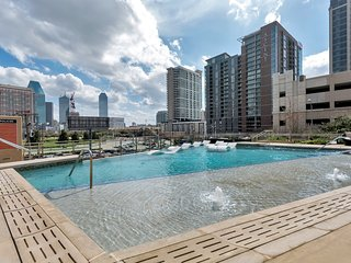 Amazing studio in an Amazing location, Dallas