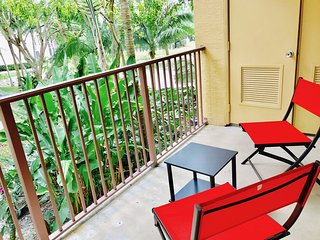 3/2 Condo Pool and BBQ area available