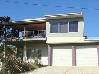 61 Red Rocks Rd, Cowes