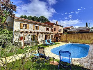 4 bedroom Villa in Rovinj Zminj, Istria, Croatia : ref 2287006