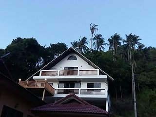 "Lennon""s House Lamai,  A Home away from Home"