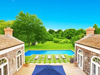 Villa Clara - Exquisite Charming East Hampton Abode