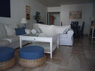 Amplio apartamento en la Marina de Sotogrande proximo a la playa