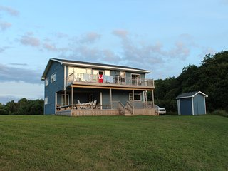 Broad Cove House - 4 bedroom, 2 bath home by the sea on Cape Breton Island, Inverness
