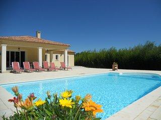 Villa - piscine privée chauffée et sans vis à vis, Deaux