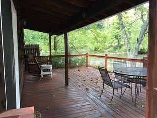 2 *$99/nt.* Sit on the cabin porch overlooking the stocked river and rapids!, Sylva