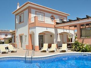 Villa Ribeiro II - 4 bedroomed Villa Albufeira , Acoteias