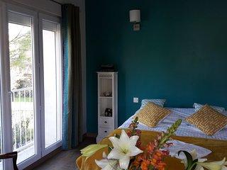 La Maison Grenadine 'chambre des Pins'