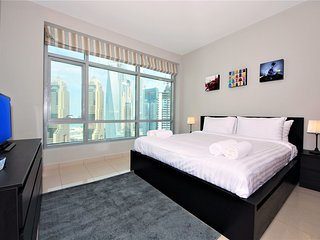 Fantastic 2 BR with a sea view, Dubai