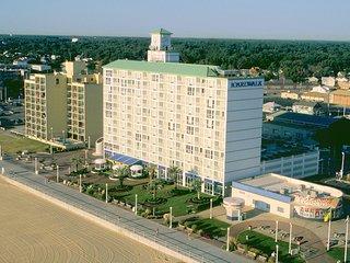 $1600 - 1BR Suite, Boardwalk Resort,  June 23-30, 2017, Virginia Beach