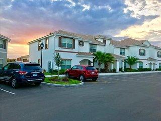3109 Storey Lake 4 Bedrooms near Disney in Orlando FL