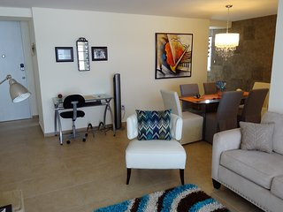 CHIC 3 BEDROOM, Isla Verde