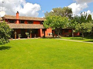 Capo di Bove - Country style Villa on historic Appia Antica near the center Rome
