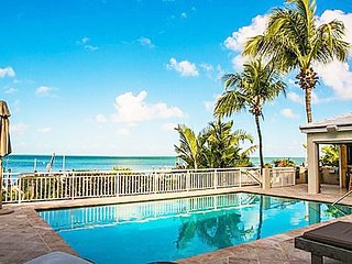 Villa Marina - Luxury 4 Bedroom Waterfront, Islamorada