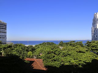 Rio107-Beautiful 2 bedroom apartment in Copacabana with ocean view, Rio de Janeiro