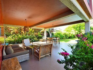Beautiful detached golf course villa
