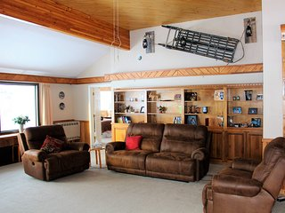 Backcountry B&B Willow Alaska,The Kashwitna Room, Sleeps 2