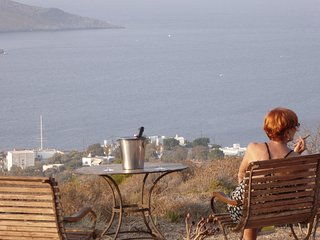 Leros Villa via savoia ! 4 bedroom*** 4 wc . Private entrance in every bedroom !, Agia Marina
