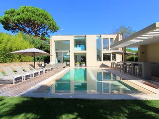 Villa Sylvia - Luxurious Villa with Unique Location, St-Tropez