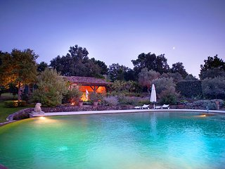 Villa Elaiza - Beautiful Provencal Style Villa